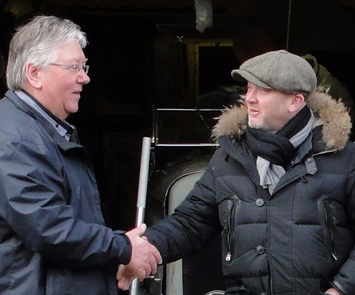 DEAL ! Drew Pritchard strikes a deal with Automobilia-uk on SALVAGE HUNTER on Quest TV