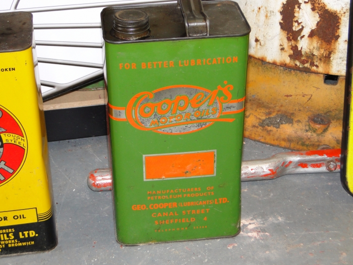 Coopers motor oil 1 gallon can ( FULL )