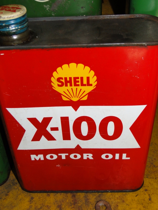SHELL X100 motor oil can