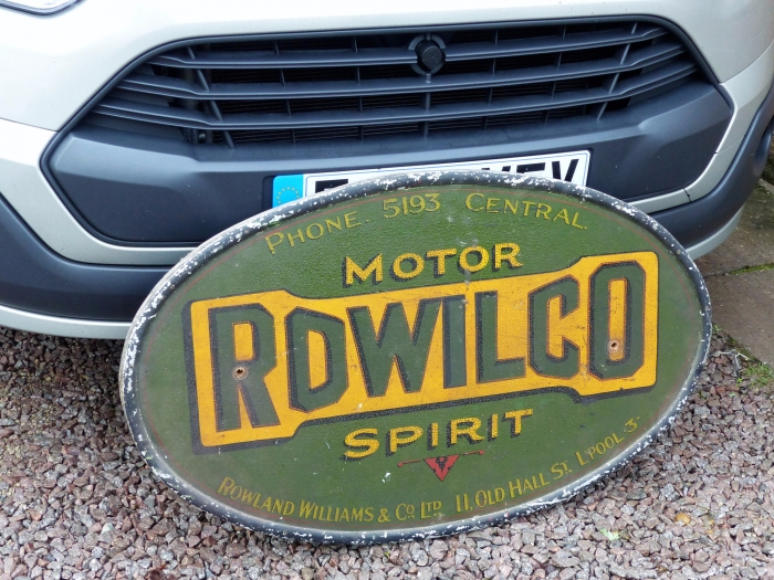 Rowilco sign absolutely stunning