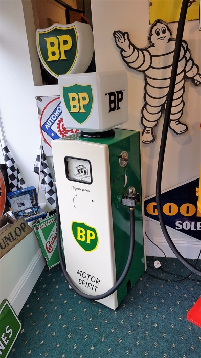 Gilbarco vintage pump in BP livery