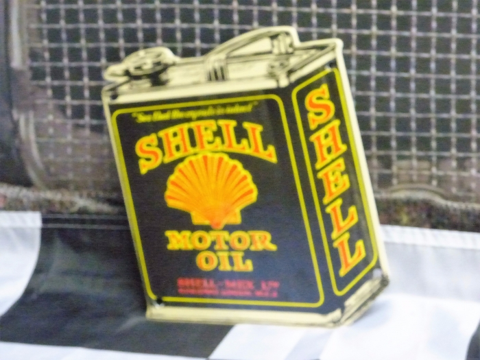 SHELL can small enamel sign repro ( small )