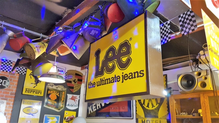 Lee Jeans double sided lightbox STUNNING , rare item 22 x 16 inches