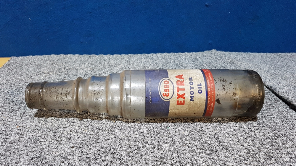 ESSO glass 1 pint oil bottle