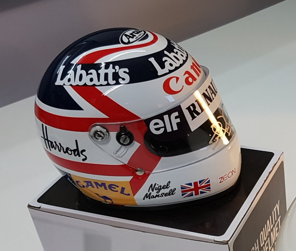 Nigel Mansell signed 1/2 scale helmet SUPERB ! Limited Edition number 8 of only 10 full livery editition