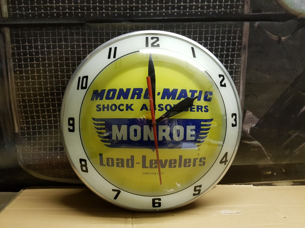 Garage Clock 14 inch superb rare item Monroe livery, glass front metal body STUNNING ITEM !!!!!