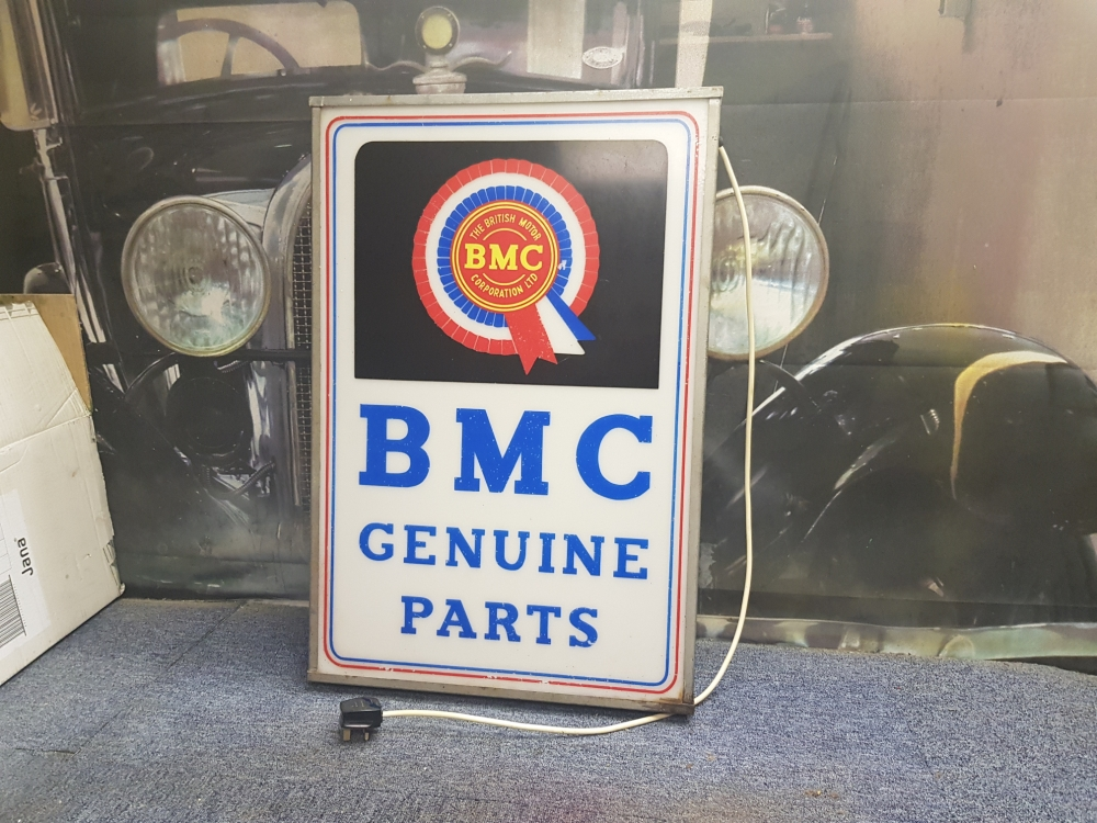 BMC original Lightbox SUPERB item 31 x 20 inches