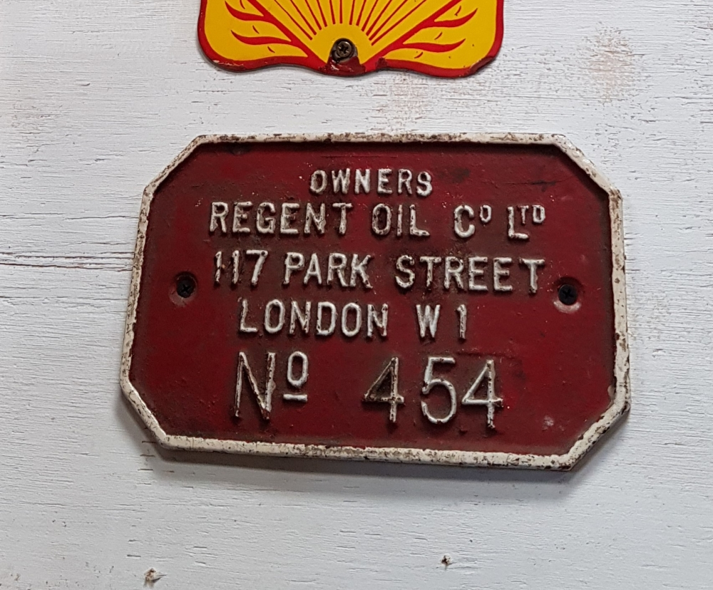 REGENT petrol / oil company plaque superb display item , cast metal