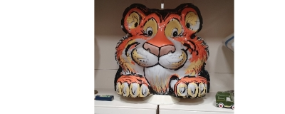 ESSO TIGER globe in stock ! Rare in this condition !