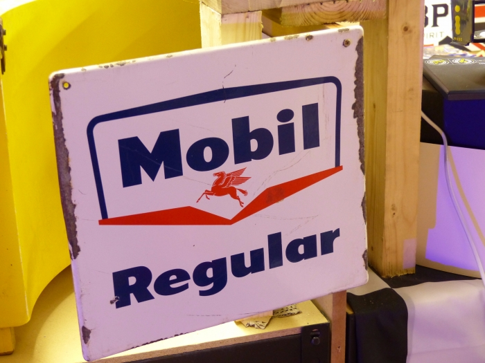 Mobil VERY RARE SIGN Enamel ORIGINAL