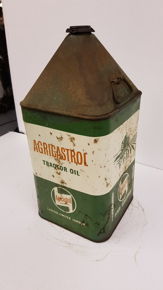 Pyramid can Agricastrol with cap