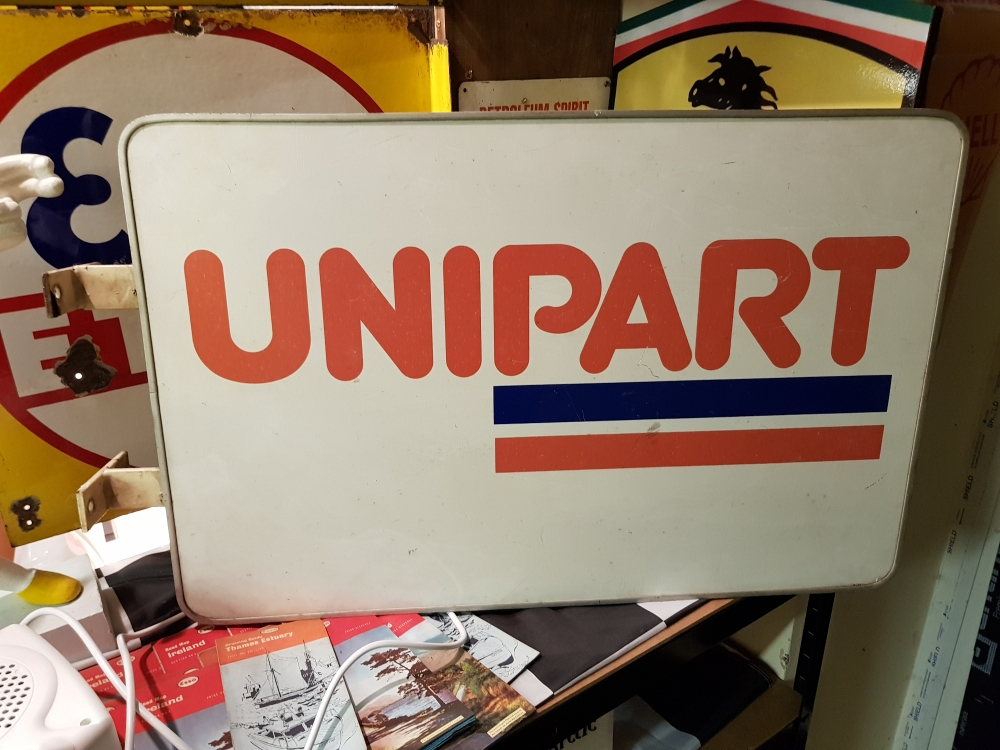Unipart double sided hanging sign with mounting brackets 30 x 20 inches