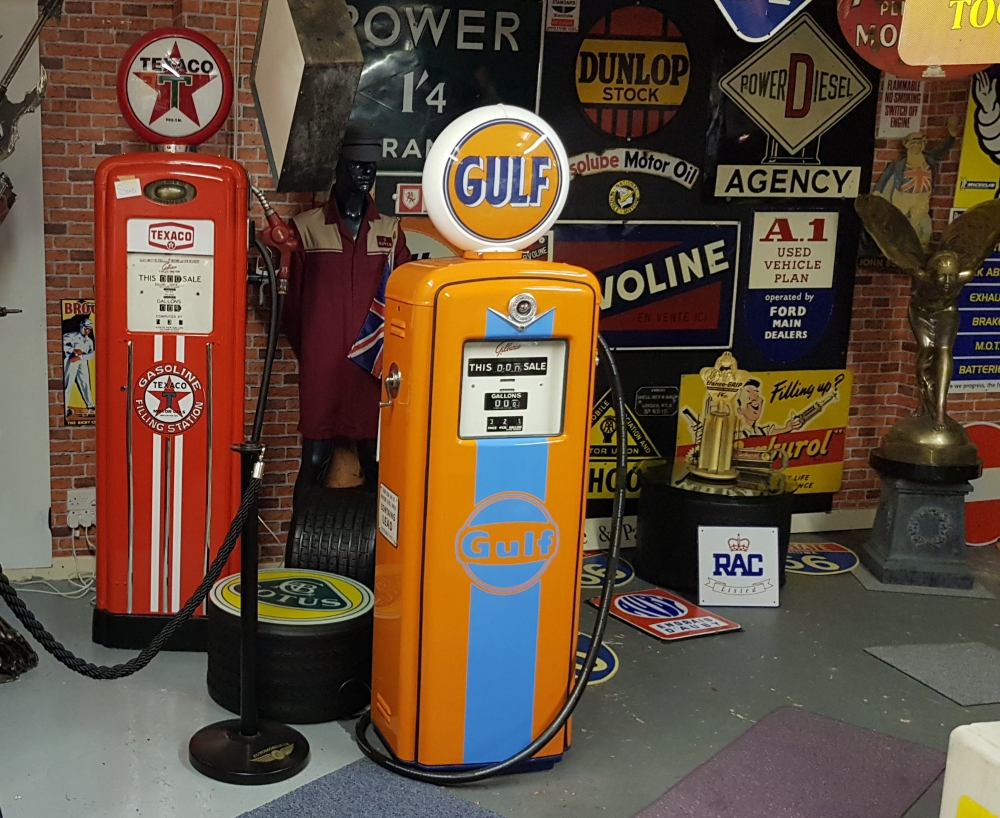 Vintage Gilbarco petrol pump in GULF livery . SOLD !!!!!